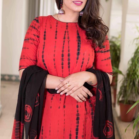 shibori red black Cotton Kurta & Pants With Chiffon Dupatta