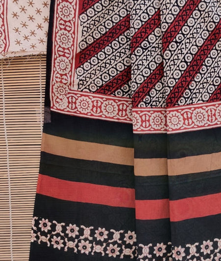Handcrafted Cotton Hand Print Black Saree
