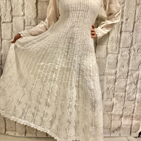 Embroidery White Cotton Chikankari Kurta