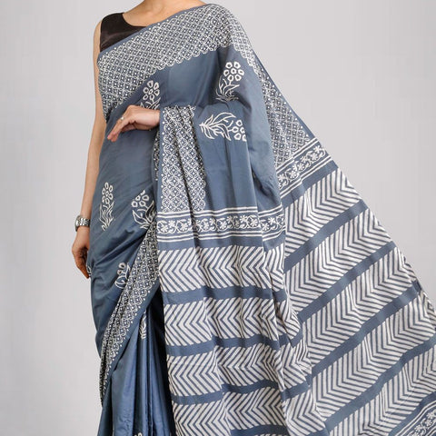 Handloom Cotton Hand Print Pastel Grey Saree