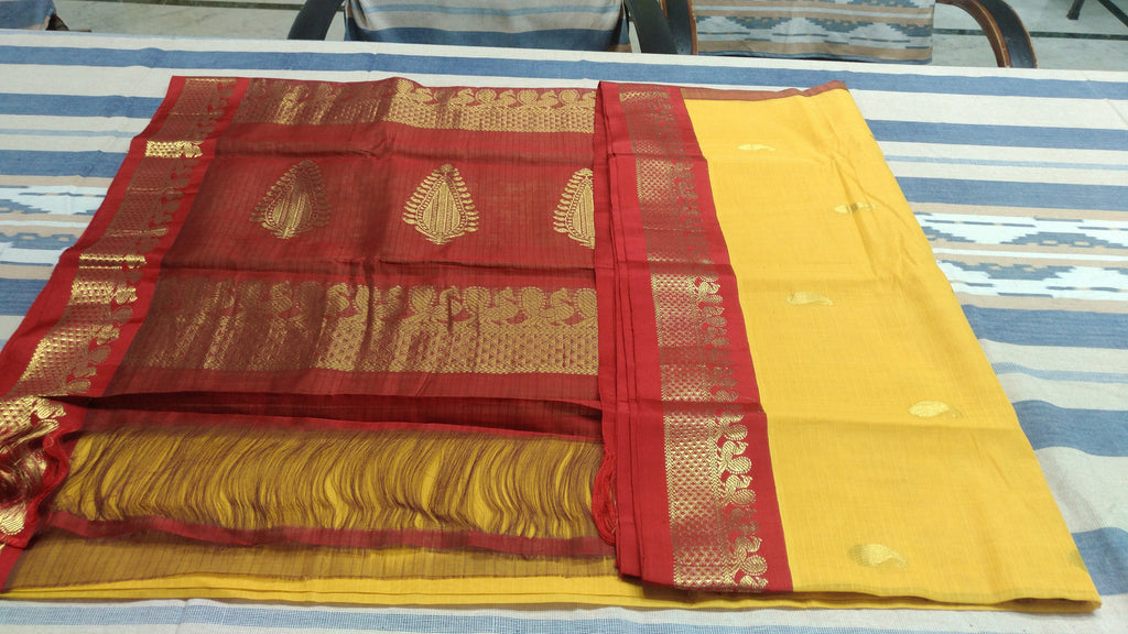 Cotton Gadwal Saree With Mango Buti