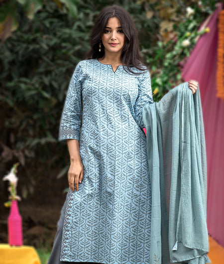Hand Block Grey Cambric Kurta Palazzo With Kota Dupatta Set