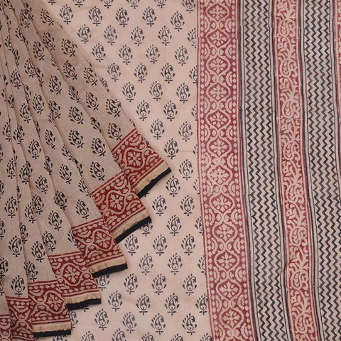Chanderi Silk Cotton cream saree with paisely pattern