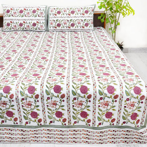 White and Multicolor Handblock Printed Cotton Double Bedsheet With Pillow Cases (Set of 3)