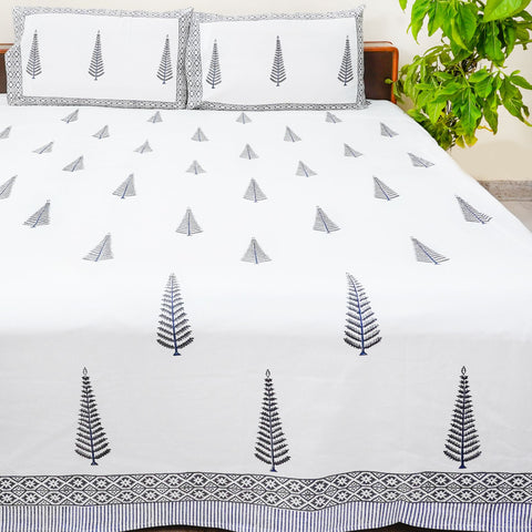 White And Grey Handblock Printed Cotton Double Bedsheet With Pillow Cases (Set of 3)
