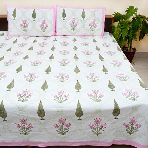Set of 3 White Pink and Green Blockprinted Cotton Bedsheet With Pilllow Cases