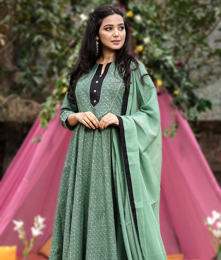 Hand Block Pastel Green Cambric Kurta Palazzo With Kota Dupatta Set