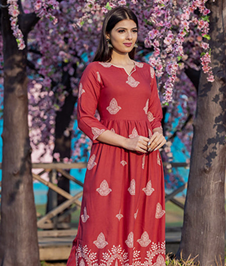 Hand Block Coral Red Rayon Gathered Kurta Set With Pants
