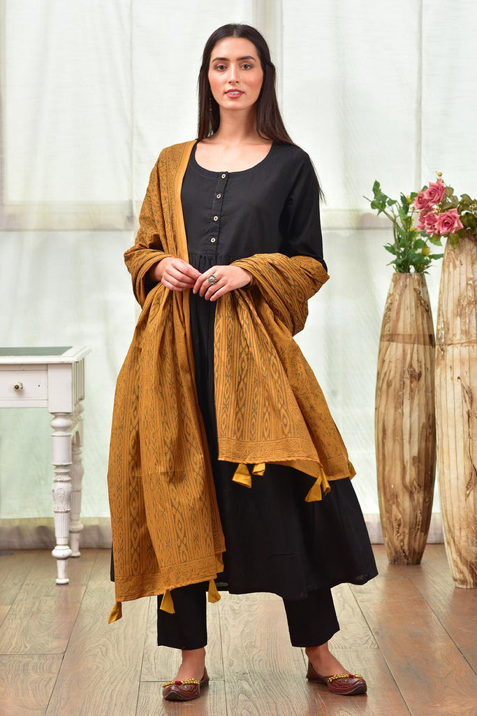 Black And Yellow Kurta Pant And Dupatta Set With Hand Block Work