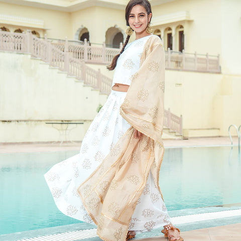Off White Lehenga Set With Chanderi Dupatta
