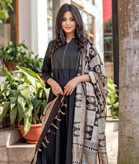 Handloom Black Relaxed Rayon Kurta Dress With Dupatta