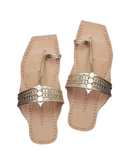 Women Hand Crafted Golden Kolhapuri Chappal
