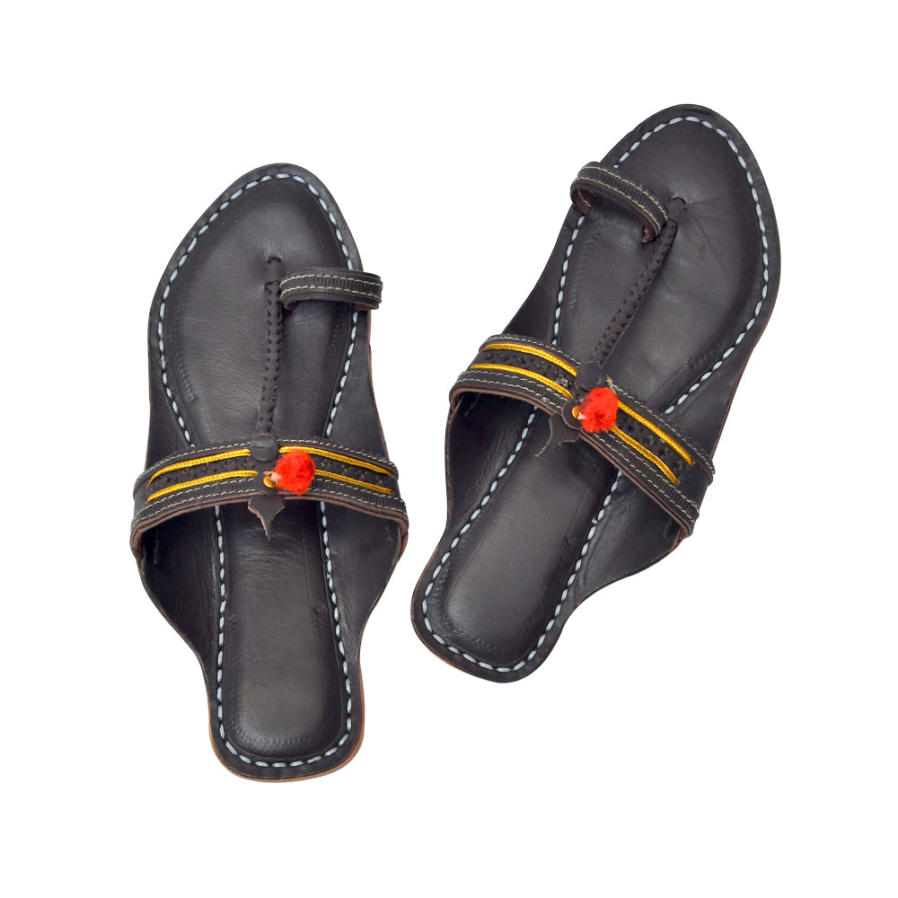 Women Handcrafted Brown Kolhapuri Chappal