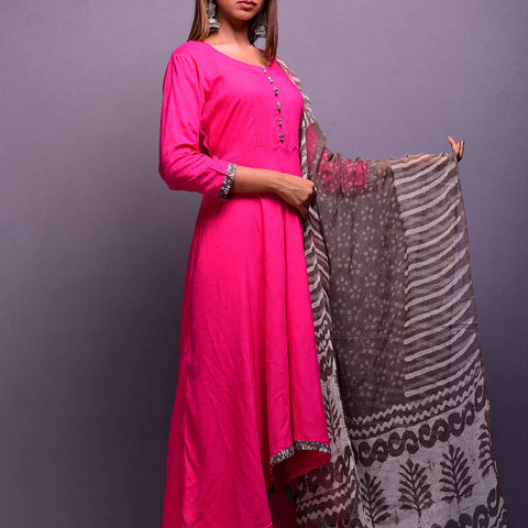 Magenta Hi-Low Kurta with Kota Dupatta