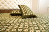 Hand Block Green Bed Cover with Pillow Cases