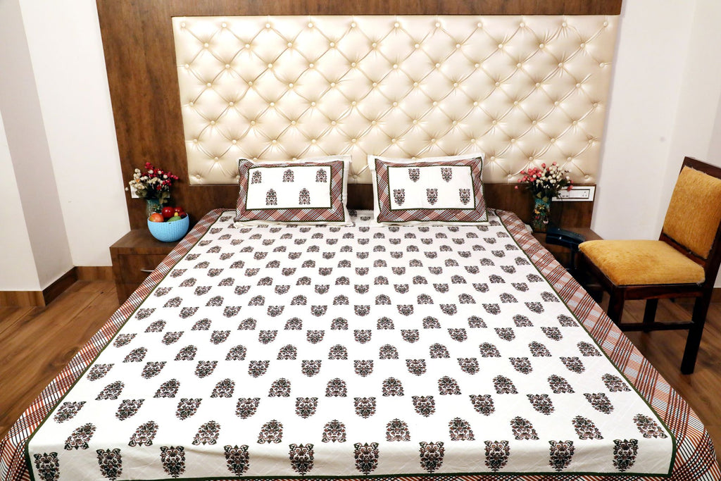 Hand Block white base mix blocks Bed Cover with Pillow Cases