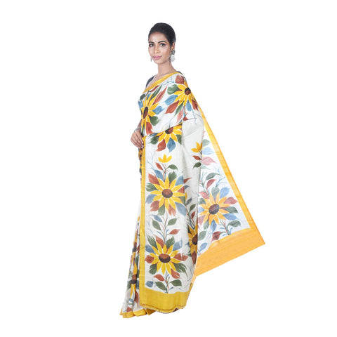 Mrudula Handmade Women's Pure Silk Hand Painted Saree (White, A-Y-MRU-SR-DR-021)