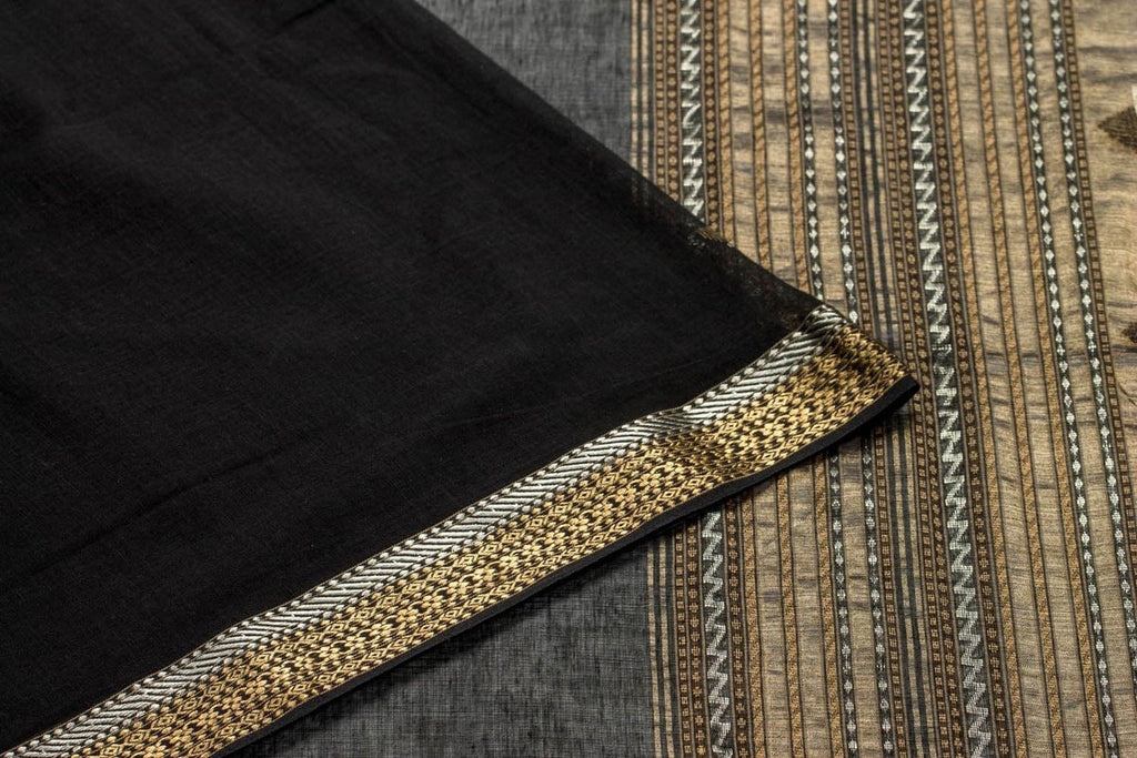 Black Bengal Cotton Saree With Knop Motif