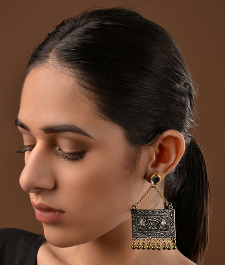 Kundan and German Silver Two tone Earrings