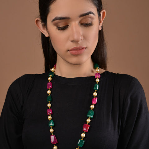 Red and Green Onyx Necklace with Shell Pearls