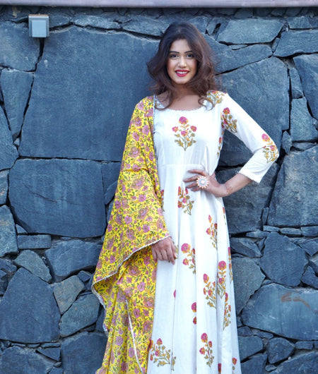 white block printed cotton Suit Set