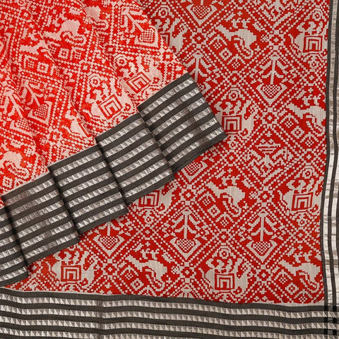 Handloom Maheshwari Silk Ikat Printed Saree  In Red And White