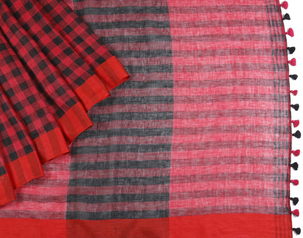 Bhagalpur Linen Saree In Black And Red