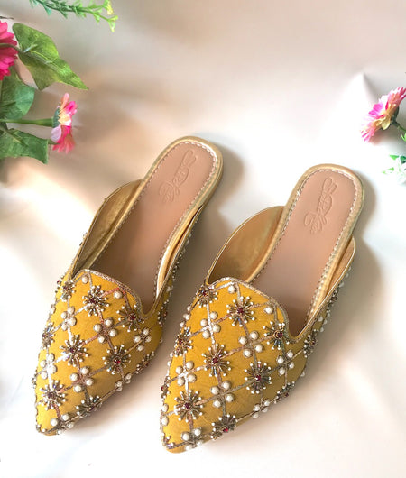 Yellow Nakshi Pointed Loafers
