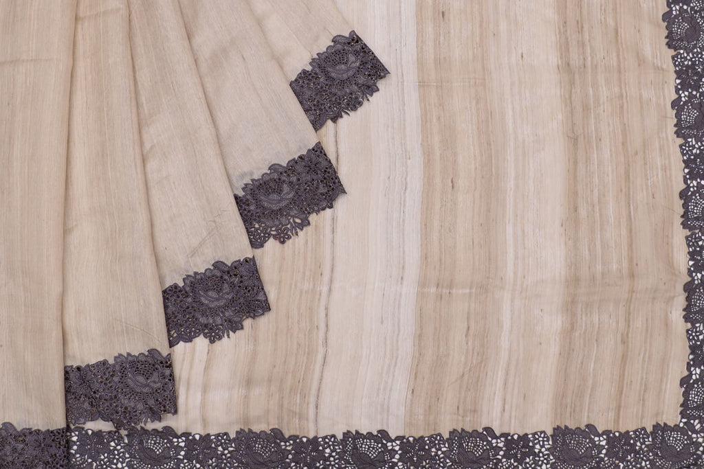 tussar silk beige Saree with plain Motif