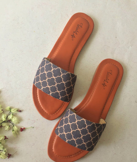Arabic Pattern Grey Sliders