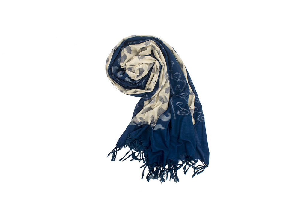 Pochampally Ikkat Cotton Dupatta in Whte and Blue
