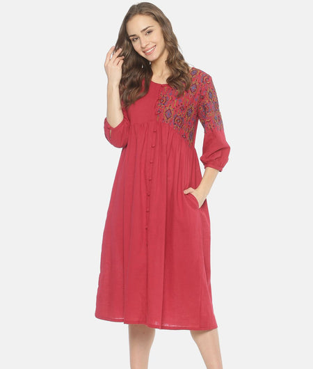 Red Front Open Gathered Dress With Embroidery