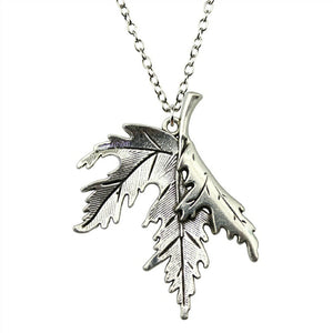 Antique bronze leaf pendant necklace