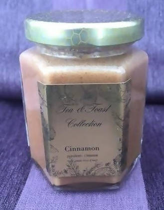 Cinnamon Raw Flavored Saskatchewan Honey