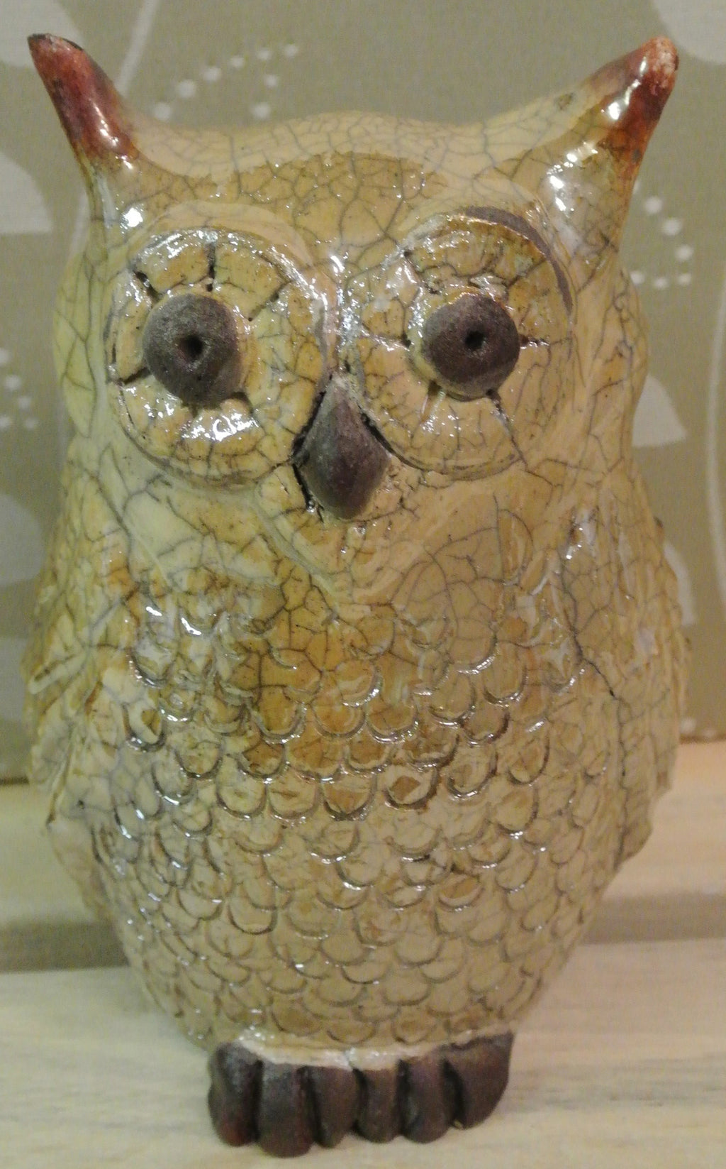 Large Clay Owl Statue - Gold Crackle