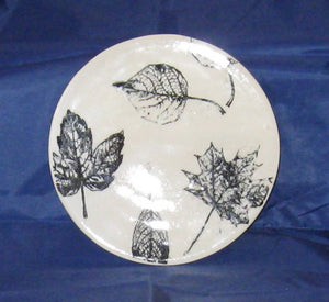 Pottery Hot Pot Trivet with leaves