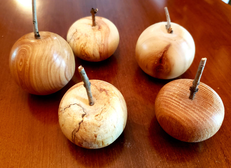 Wooden Apples - 5 cm