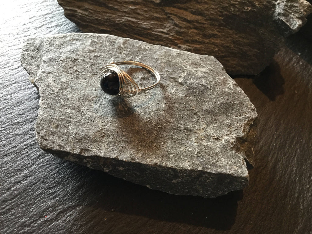 Onyx Natural Gemstone Hand Twisted Sterling Silver Ring Size 6