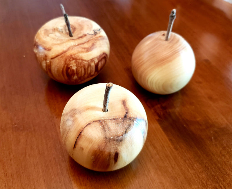 Wooden Apples - 6 cm