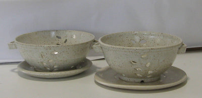 Speckled Pottery Fruit Collander