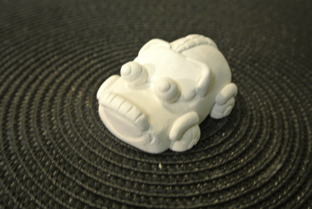 Car with Bug Eyes Paintable - 3D