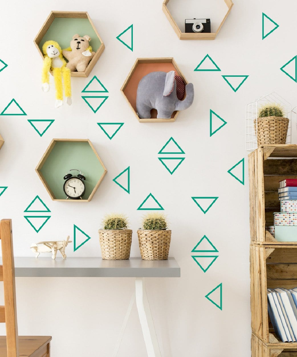 Triangles outlined - Studio Picco