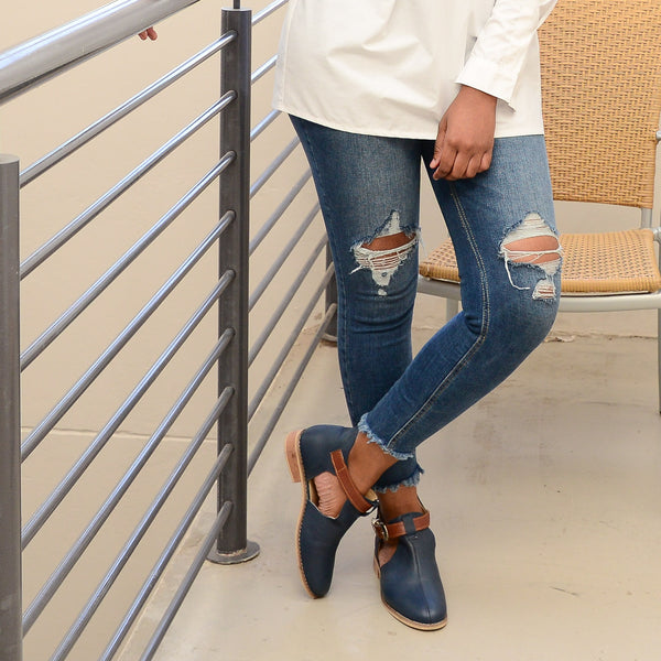 Buhle open leather boots