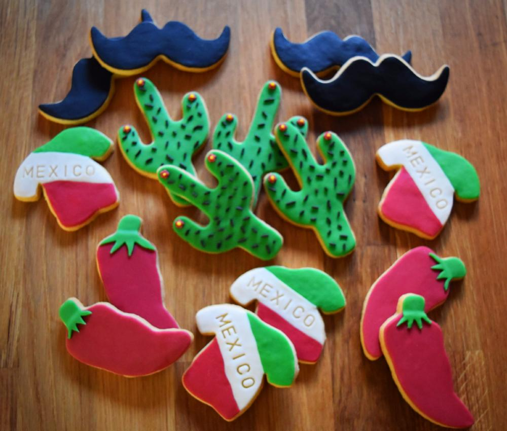 Decorated biscuits (Package of 16)
