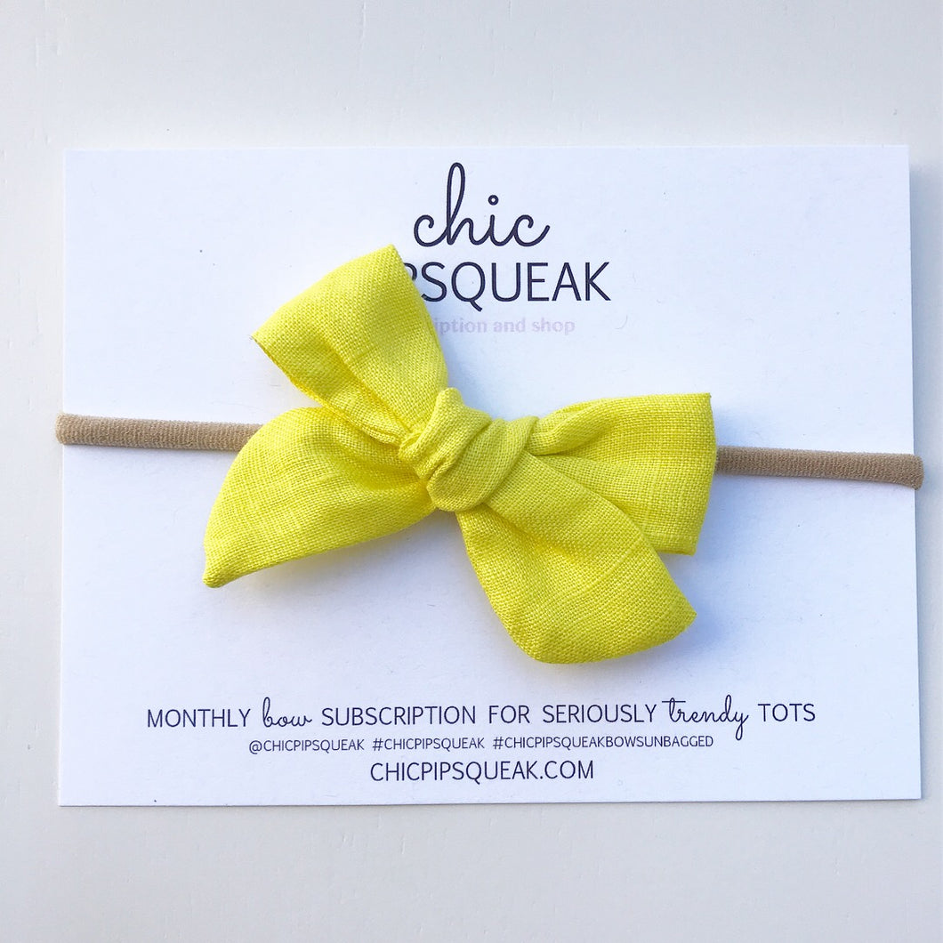 Summer Yellow Hand Tied Mini Pipsqueak Bow