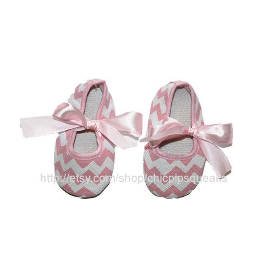 Light Pink Newborn and Baby Chevron Crib Shoes with Pearl Rhinestone Embellishment