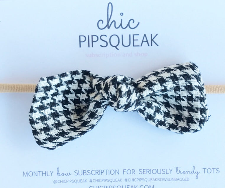 Knot Bow- Black and White Houndstooth