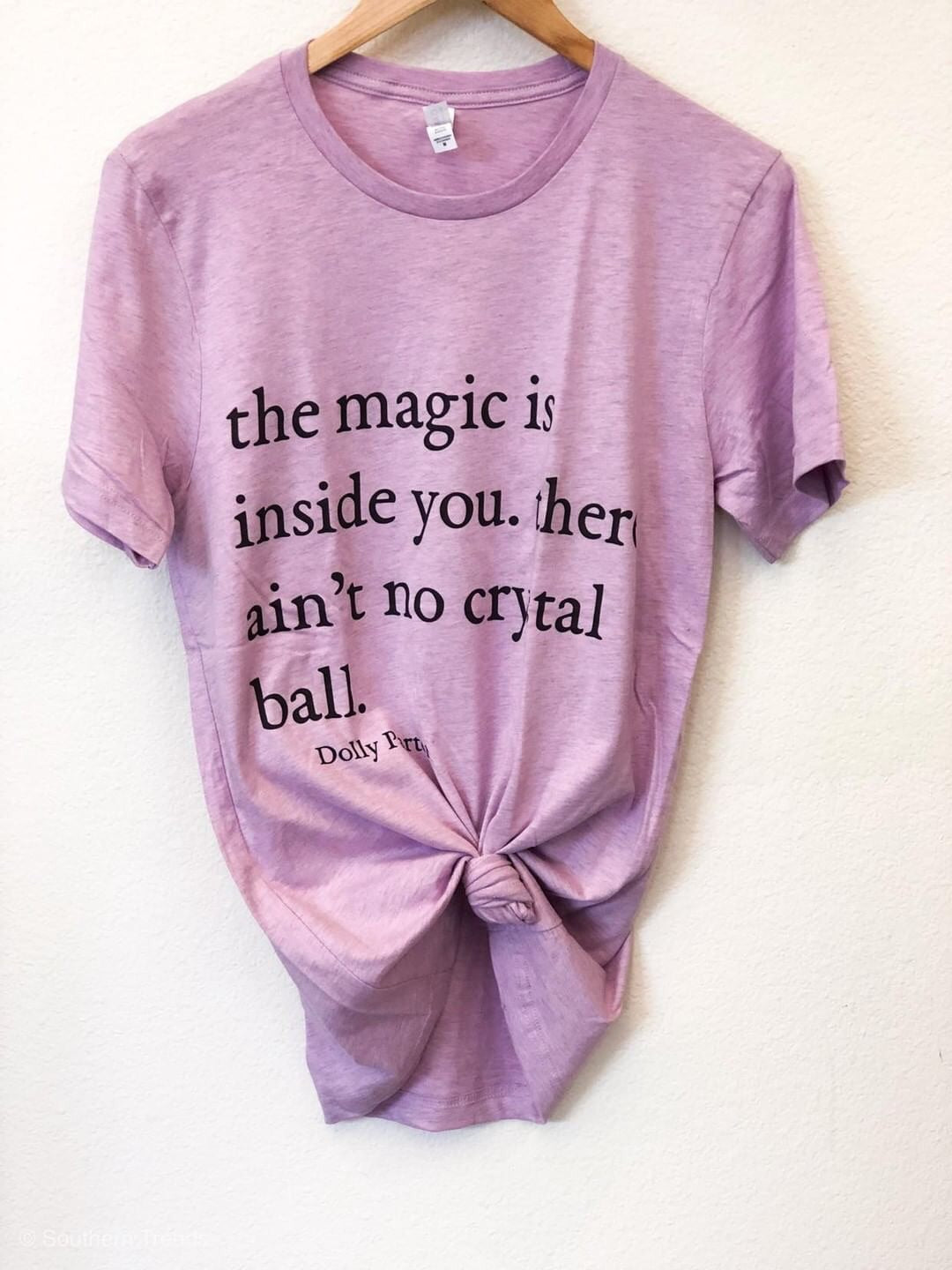 Dolly Magic Tee