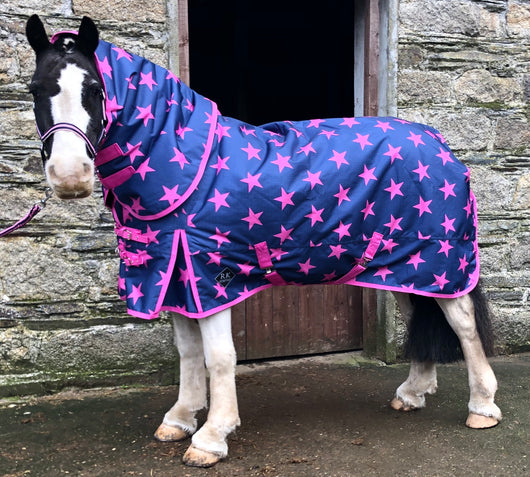 .NEW Pink Stars 50g Turnout Rug - available for pre-order