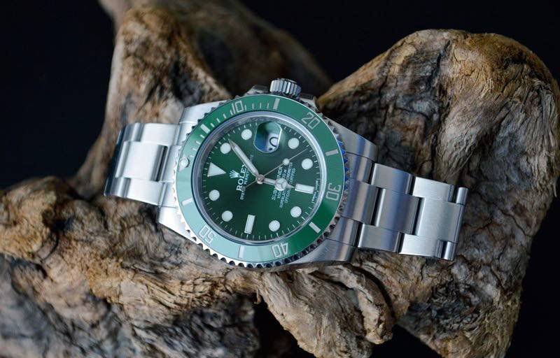 Buy Rolex Submariner with Bitcoin on BitDials